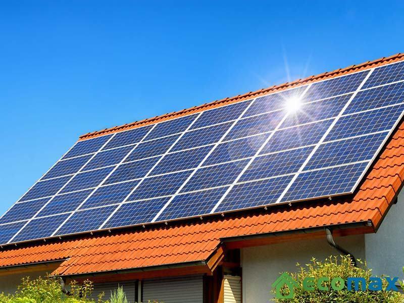 Sử dụng năng lượng mặt trời để tiết kiệm điện có phải là phương án hay?